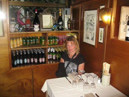 Taverna San Trovaso : Ein reserviertes Plätzchen im Restaurant