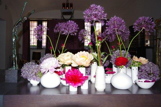 Sofitel Legend The Grand Amsterdam : Le bouquet dans l'entrée