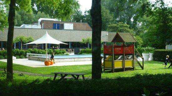 Novotel Rotterdam-Schiedam : Garden view