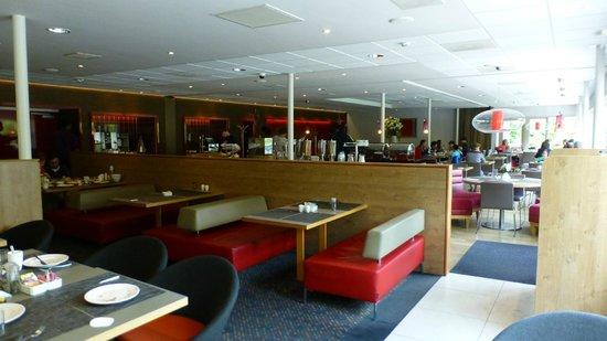 Novotel Rotterdam-Schiedam : Breakfast room