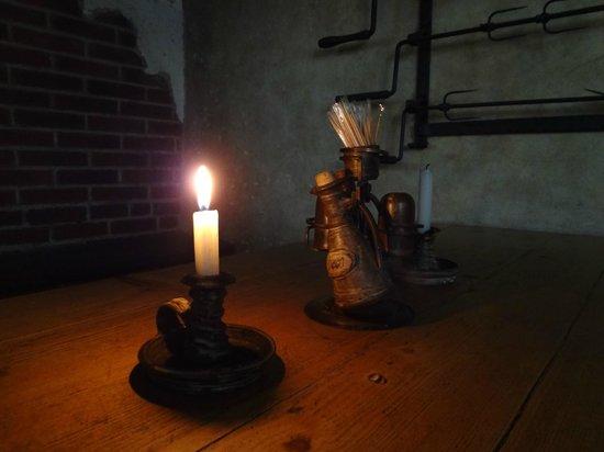 Staroceska Krcma : candle on the table