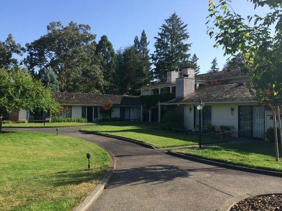 Silverado Resort and Spa: Grounds near room 414