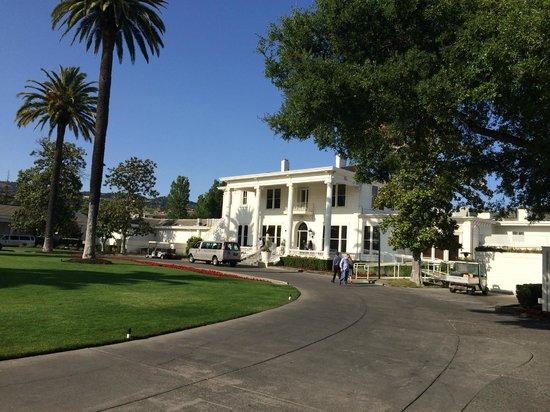 Silverado Resort and Spa: Front of Silverado