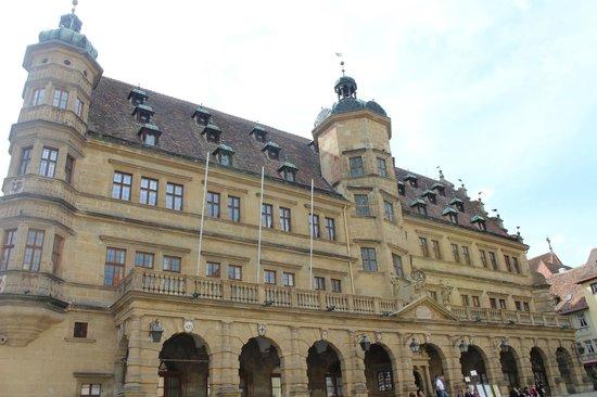 Rothenburger Rathaus: Fachada principal