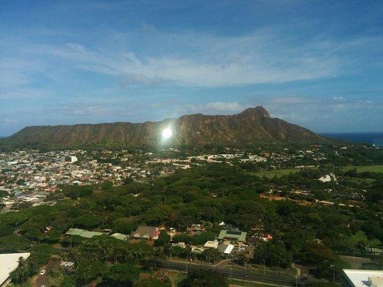 Aston Waikiki Sunset: Diamond Head from RM 3807 lounge