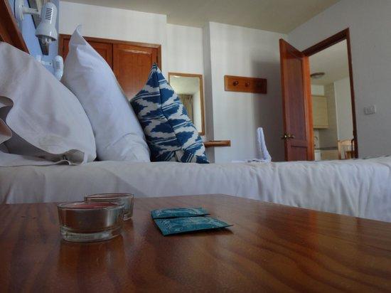 Playa del Sol - Sólo adultos: Bougies et préservatifs offerts