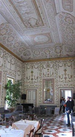 Decumani Hotel de Charme : Baroque Room