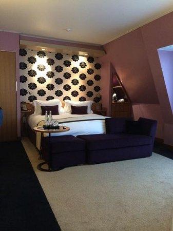 Sofitel Legend The Grand Amsterdam : chambre un peu petite et sans vue