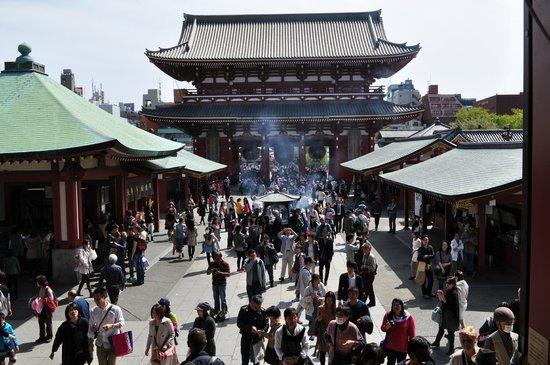 Asakusa Shrine: Asakusa Temple