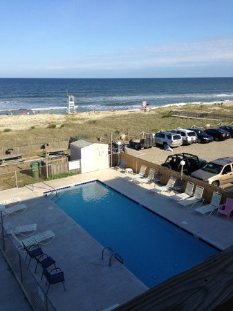 South Wind Motel: view from deck right