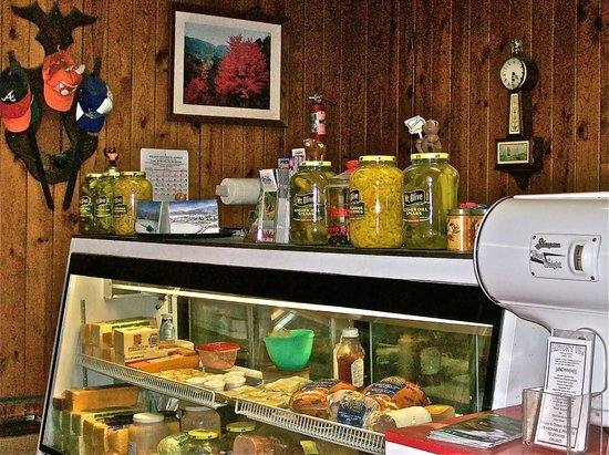 Parton's Deli : A Whole Cooler full of Goodies!