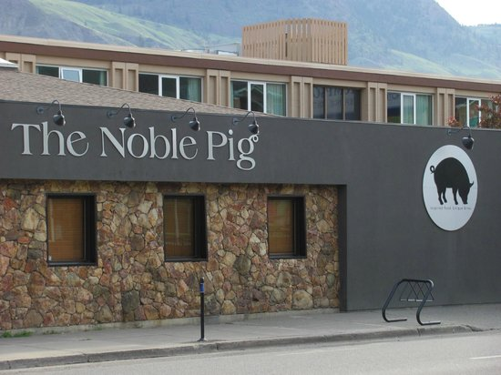 The Noble Pig Brewhouse : The Noble Pig in Kamloops, BC