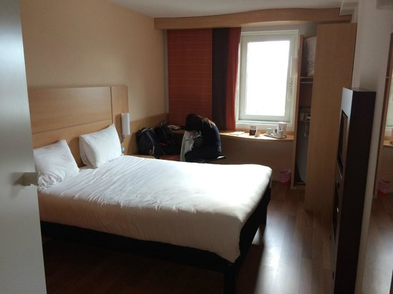Ibis London Blackfriars: Le lit... horrible