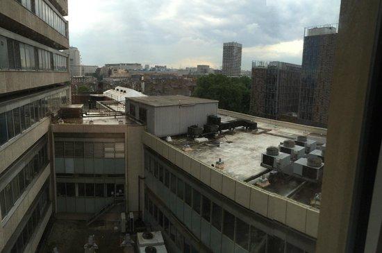 Ibis London Blackfriars : La superbe vue de la chambre :-(
