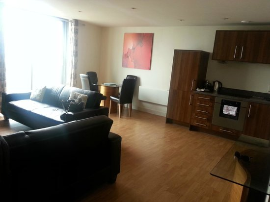 The Spires Serviced Apartments: Living Area