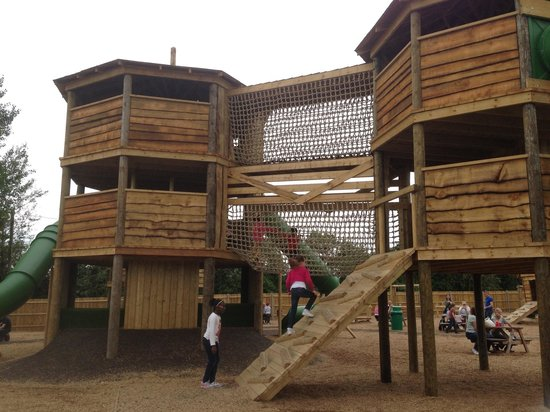 Mead Open Farm: New outdoor play