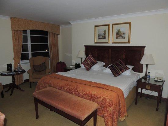 Macdonald Drumossie Hotel: king room