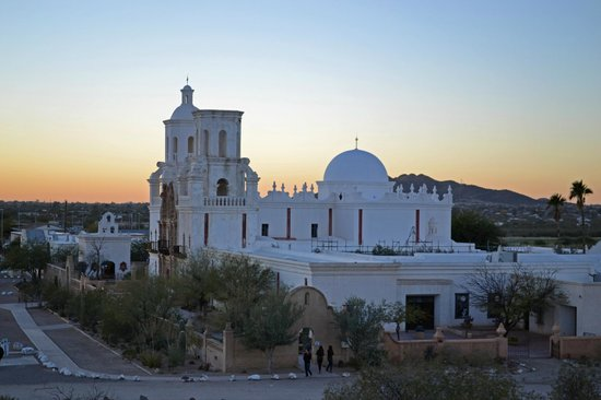 Mission San Xavier del Bac: Sunset view from hilltop