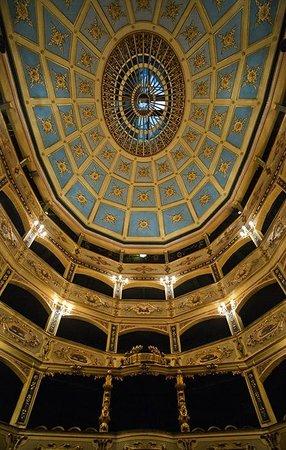 Angelica : Manoel theatre - just around the corner.
