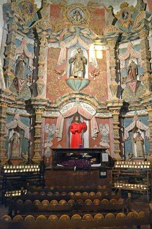Mission San Xavier del Bac : Inside of Mission