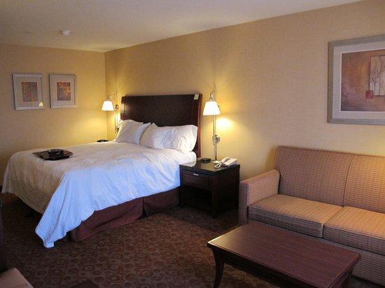 Hampton Inn Pendleton : Room 313... carpet smelled of dirty feet.
