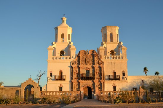 Mission San Xavier del Bac: Sunrise front view