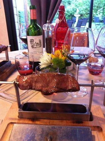 Auberge de la Houssaye : magret de canard aux vapeurs de calvados / juste delicieux