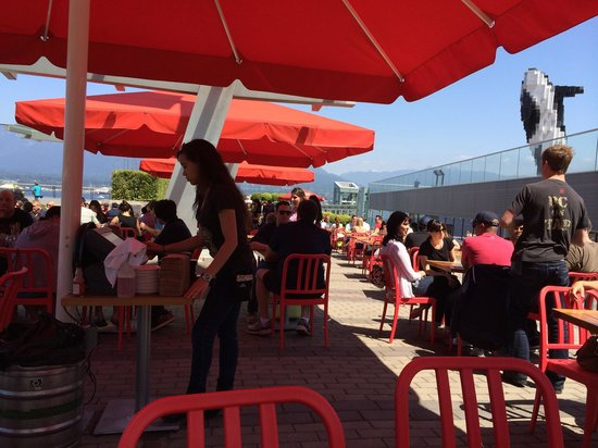 Tap & Barrel - Convention Centre: Sunny day beautiful outdoor dining.