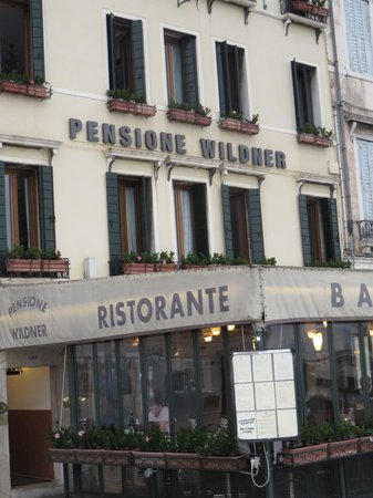 Hotel Wildner: The facade of the hotel
