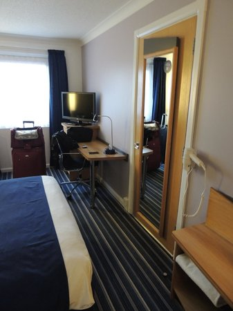 Holiday Inn Express Bristol - North: Double standard room