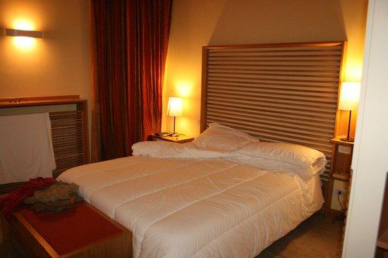 The Telegraph Suites : Comfortable bedroom