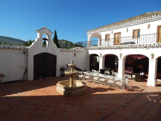 Cortijo Las Salinas: Patio central