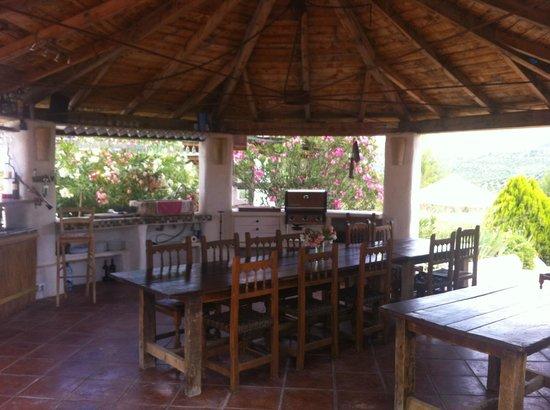 Cortijo Las Salinas: Kiosque à repas - BBQ - Bar
