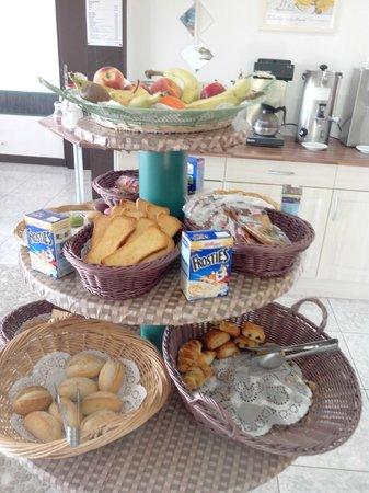 Hotel Mounea: Buffet