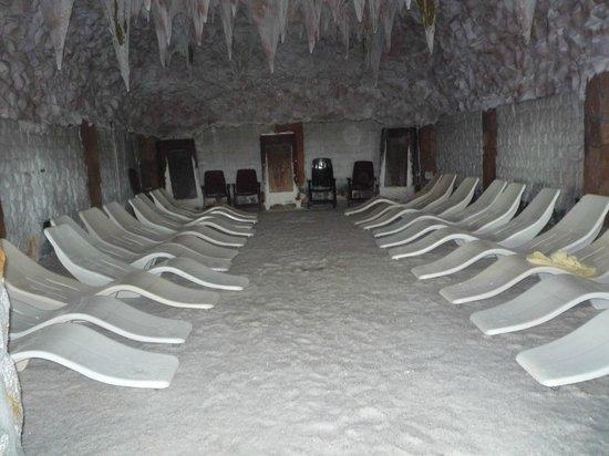 Golebiewski: Соляная пещера в аквапарке