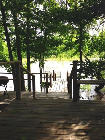 Cajun Country Cottages Bed and Breakfast: FISHING PIER