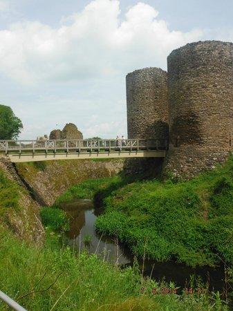 White Castle: moat and castle