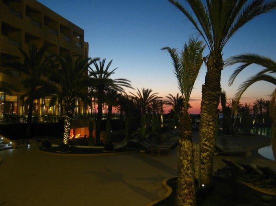 SENTIDO Rosa Beach : Hotel by Night