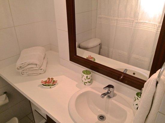 Trivento Apparts: Bathroom