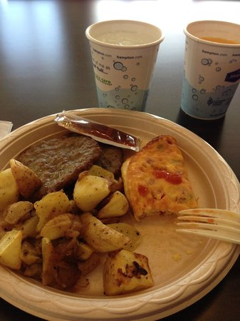 Hampton Inn & Suites Parker: breakfast