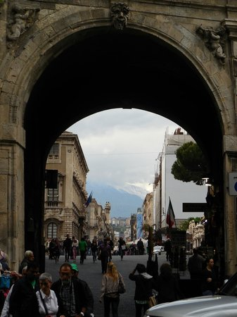 B&B Opera: view through Piazza dell'Universita of Mt. Etna