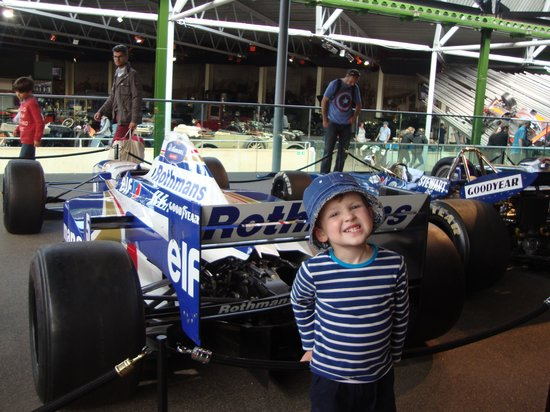 Beaulieu National Motor Museum: Lovin' the racing car