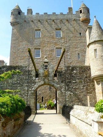 Cawdor Castle: Drawbridge and tower