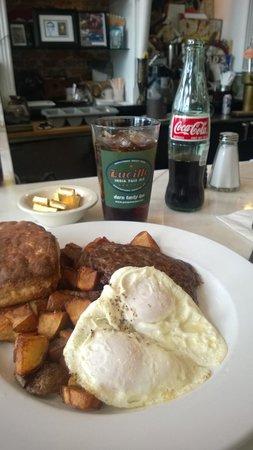 Dad's Diner: Dan's house breakfast...biscuit required