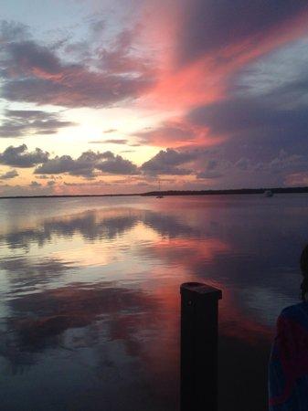 Hampton Inn Key Largo : Beautiful sunset!!