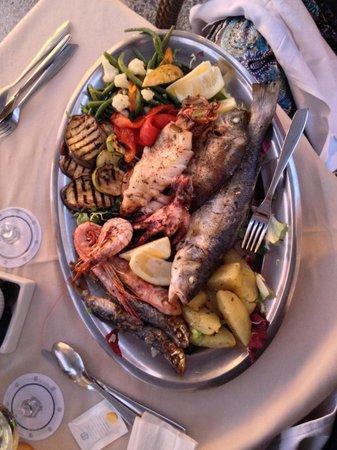Osteria Del Porto: Grigliata mista di pesce