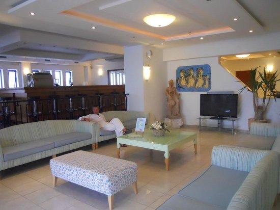 Ostria Resort & Spa : le Hall d'entrée (zone wifi)