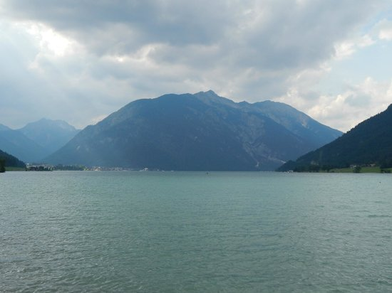 Lake Achensee: View North.
