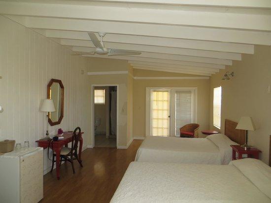 Osprey Beach Hotel: Atrium balcony room
