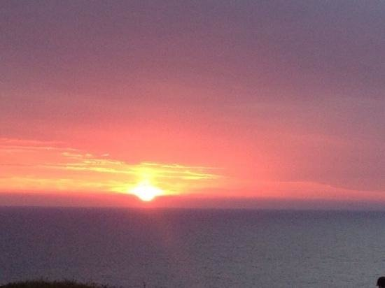 Elements Hotel: A beautiful sunset view from The Elements, Bude!